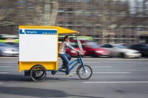 Urbane Logistik in Berlin: Ein Radkutsche Musketier von Velogista