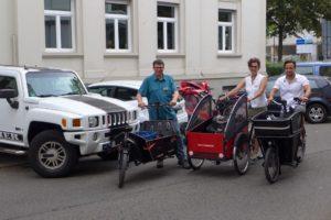 SUV vs Cargobikes