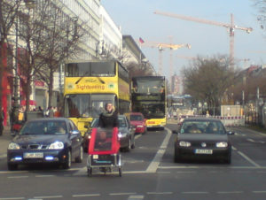 Berlin, Unter den Linden, Foto cargobike.jetzt
